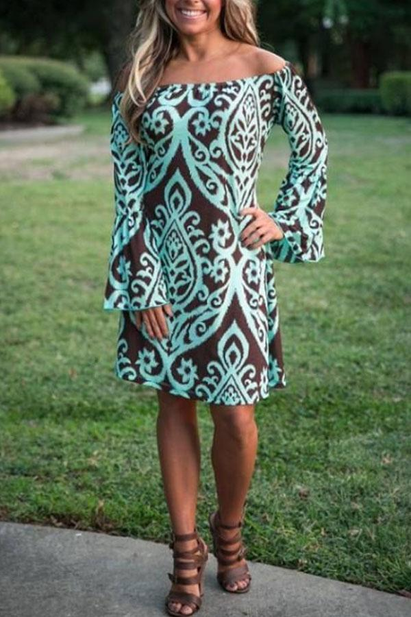 Off Shoulder  Belt  Printed  Bell Sleeve  Long Sleeve Casual Dress