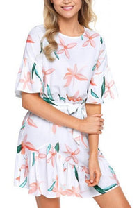 Round Neck  Belt  Printed  Bell Sleeve  Half Sleeve Casual Dresses