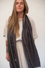 Load image into Gallery viewer, Dida Scarf - Crinkled Linen