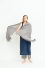 Load image into Gallery viewer, Dida Shawl - Linen Gauze