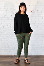 Load image into Gallery viewer, Gilmour, Ethically Made, Sustainable Loungewear, Made in Canada, Bamboo, French Terry, Crop Sweatshirt, Black
