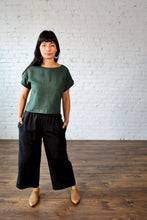 Load image into Gallery viewer, Jimi Collection, Linen, Made in Canada, Ethically Produced, Sustainable Fashion, Top, Dolman Sleeve, Forest, Green