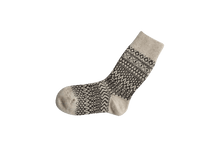 Load image into Gallery viewer, Nishiguchi Kutsushita, Wool, Made in Japan, Ethically Produced, Socks, Jaquard, Patterned, Oatmeal
