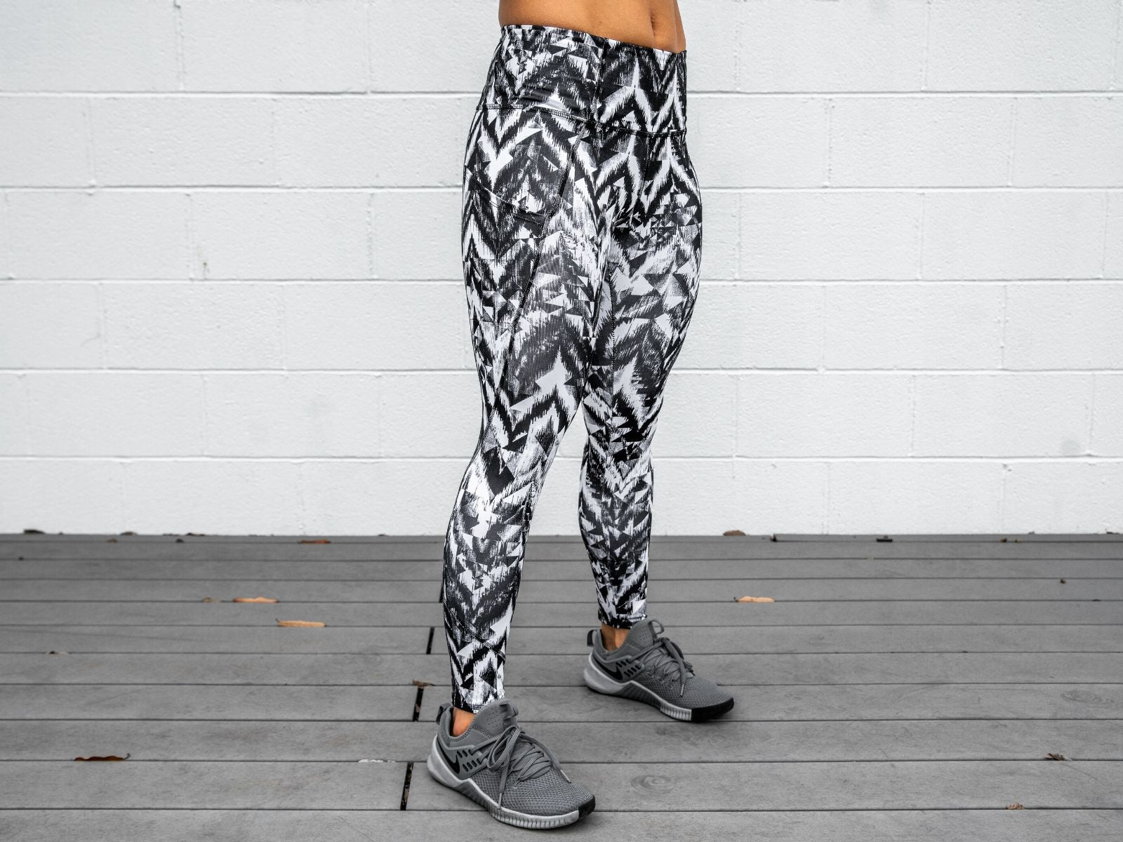 "Organized Chaos Leggings 28"" - 2POOD"