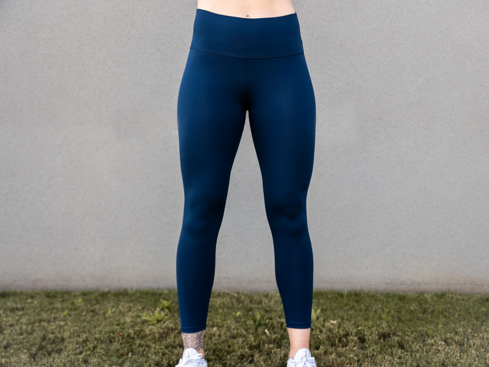 "Navy Blue Essential Leggings 25"" - 2POOD"