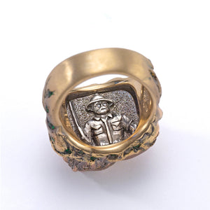 Maneater Ring: Lion and Hunter