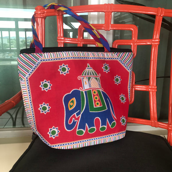 Quilted Elephant Pattern Hand Bag