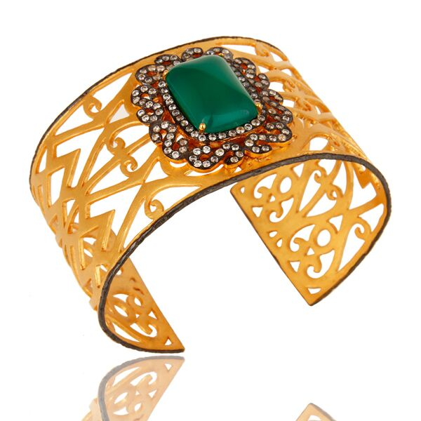 18K gold plated with Green Onyx & Zircons Cuff