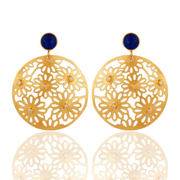 Filigree with floral design fashion earrings
