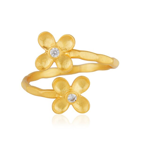 Little flowers with zircon ring