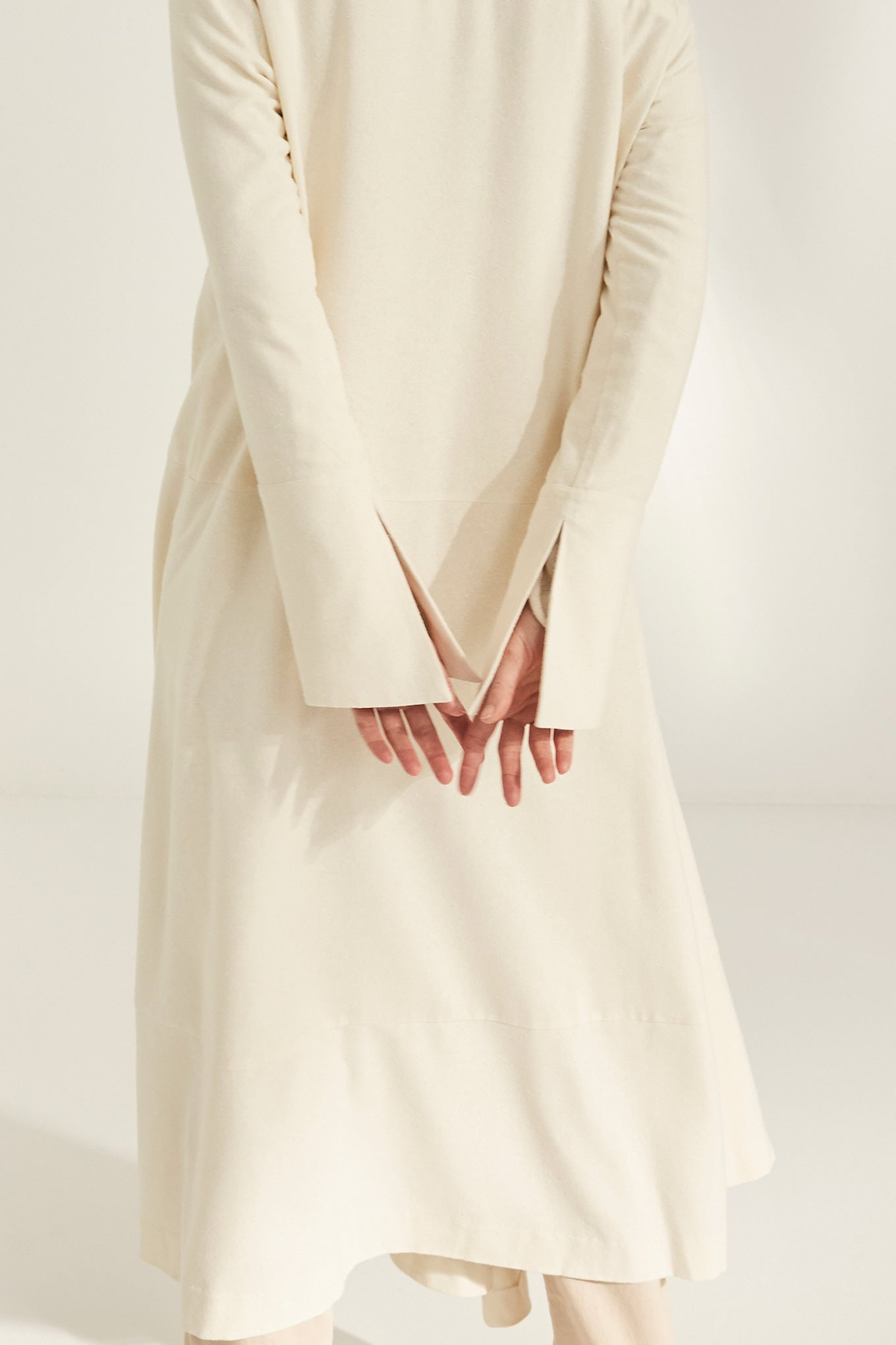 KAI DRESS - OFF WHITE - RAW SILK