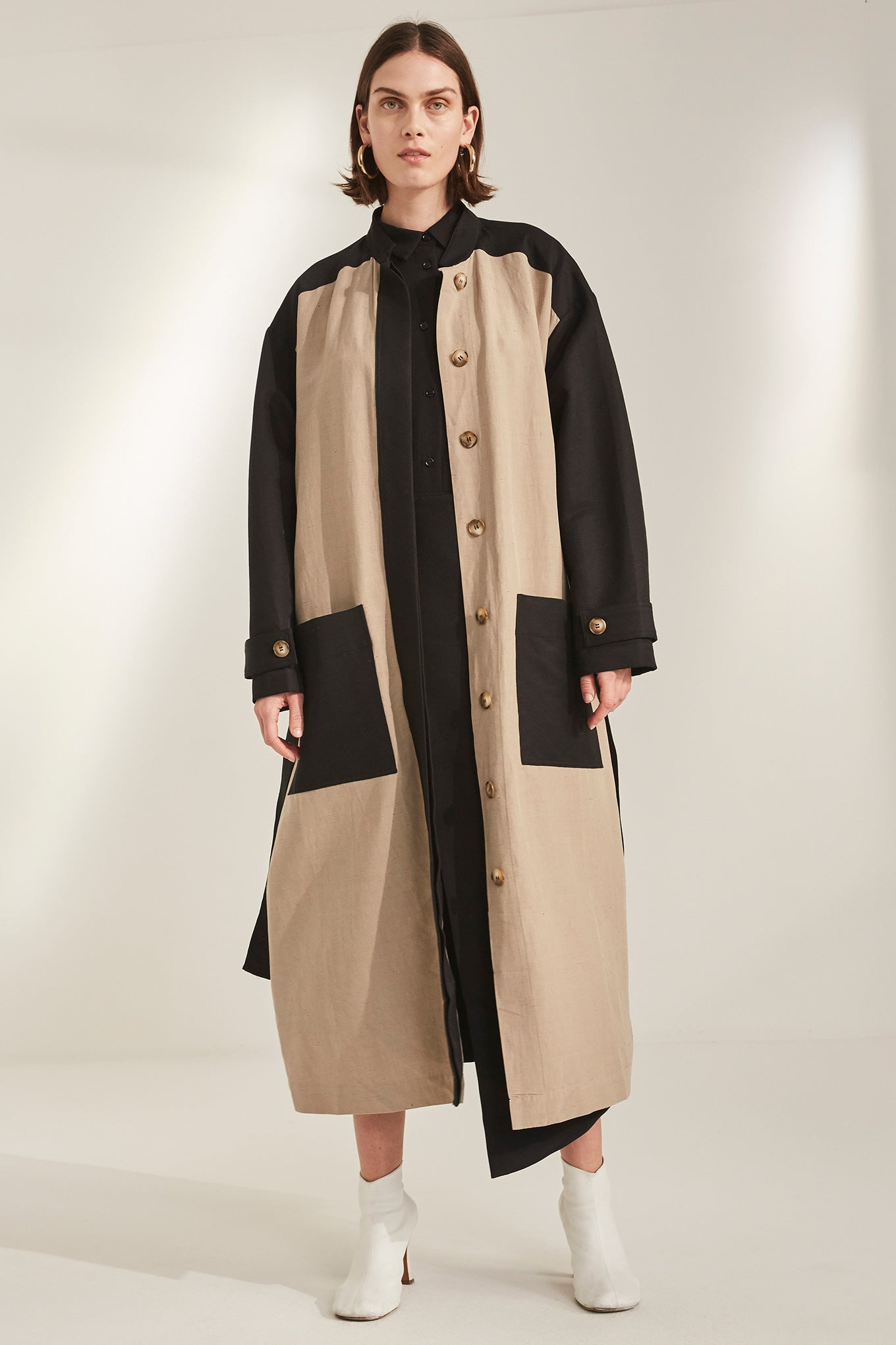 Marge Coat - Black/Sand - Silk/Linen & Silk/Cotton