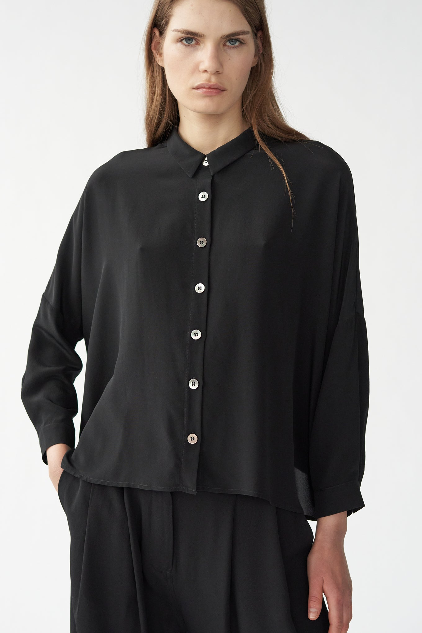 NEMO SHIRT - BLACK