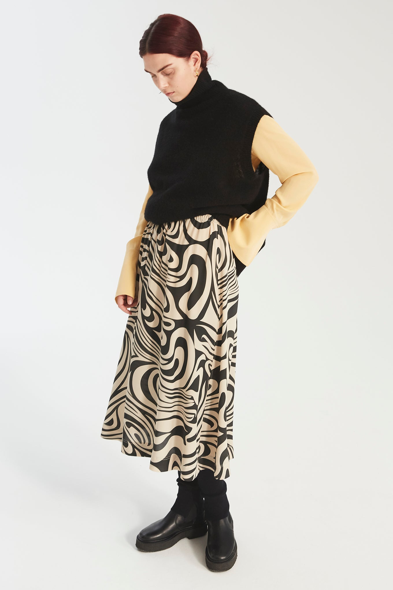 Sun Skirt - Black Swirl