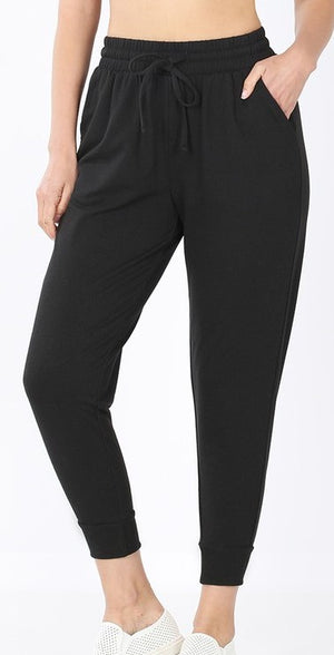 LIGHTWEIGHT JOGGER SWEATPANTS IN BLACK - Front Porch Boutique