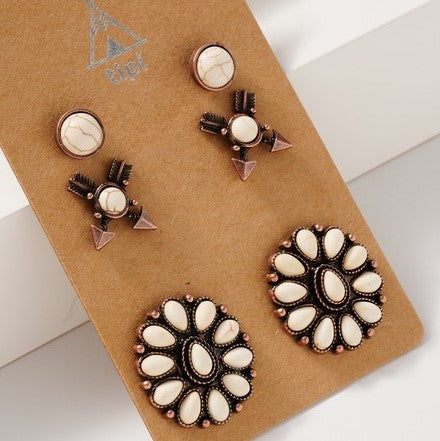 Western Design White Stud Earring Set