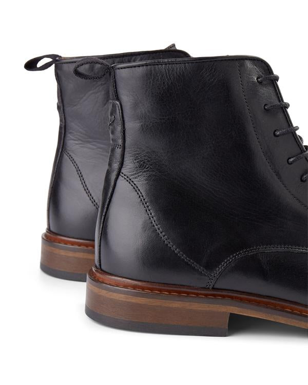 Shoe the Bear Ned Suede Lace-up Boot Black
