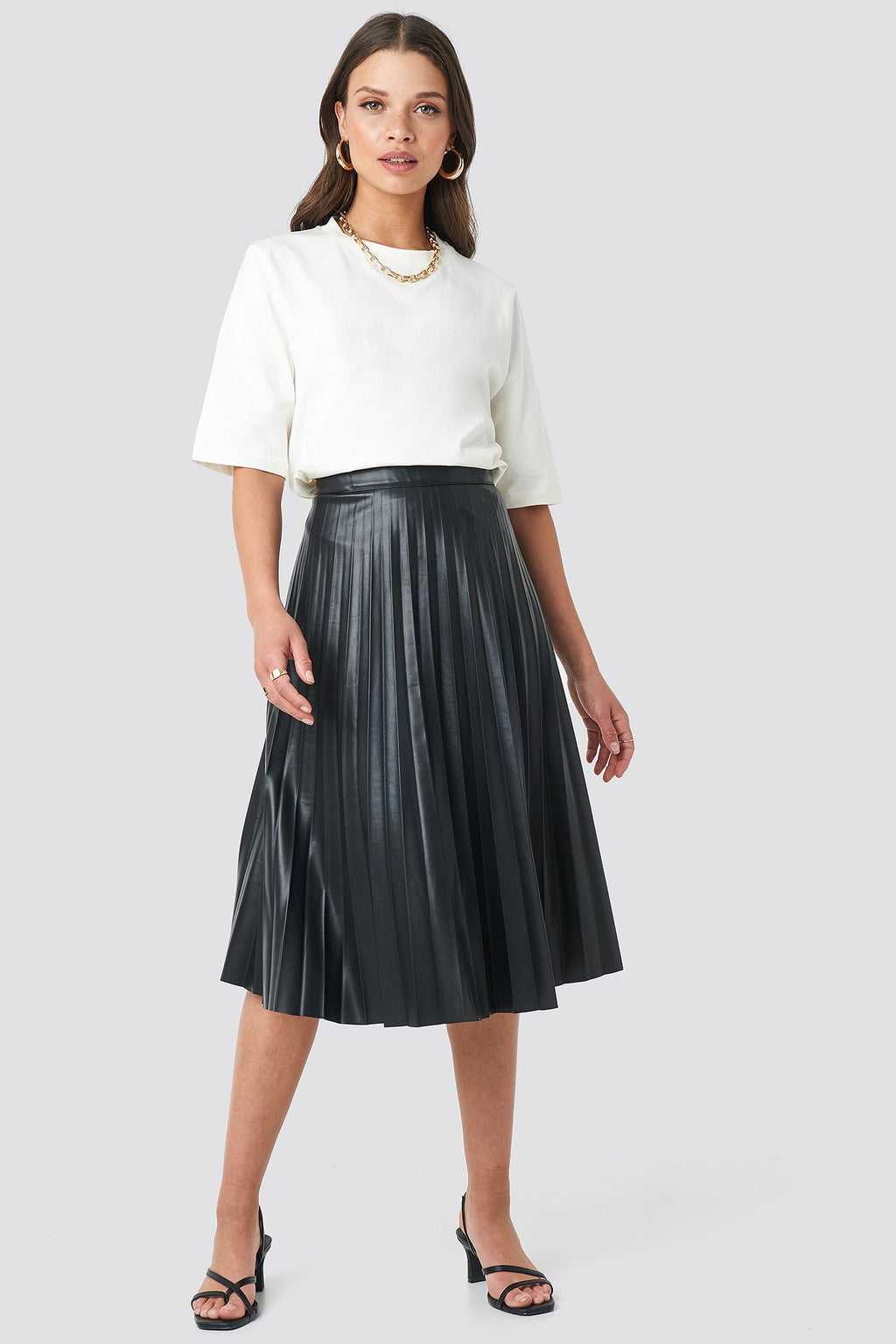 NA-KD Faux Leather Pleated skirt Black