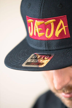 Jæja Badge - Wool Blend Snapback Cap - Fernweh Gear