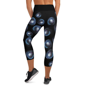 Orbit - Women's Active Capri Leggings
