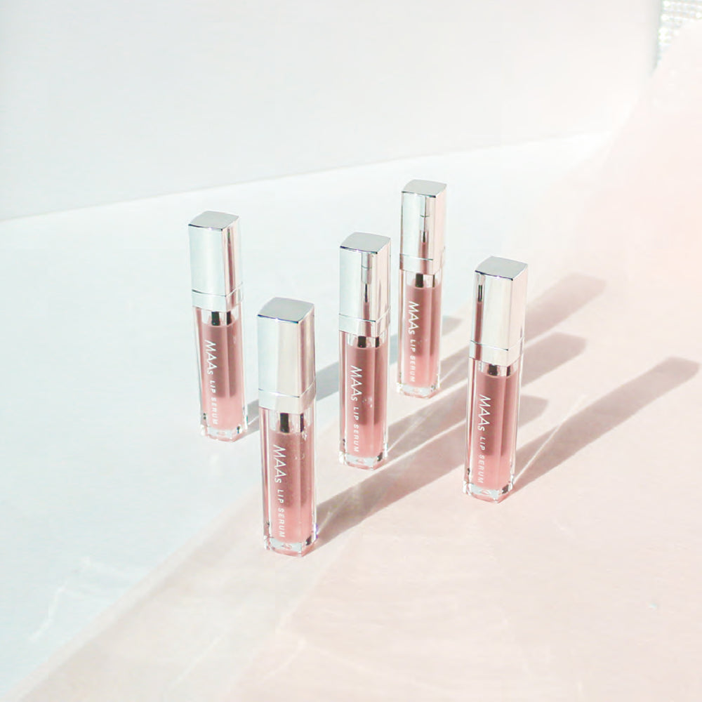 MAAs Lip gloss serum with a care complex and volume effect