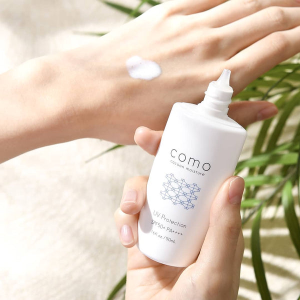 COMOACE UV Cream With Silk Extract SPF50 + / PA ++++