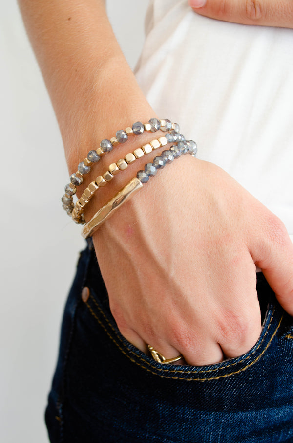 Beaded Grey and Gold Bracelet