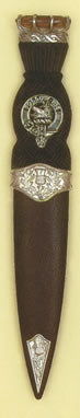 Sgian Dubh with Clan Badge