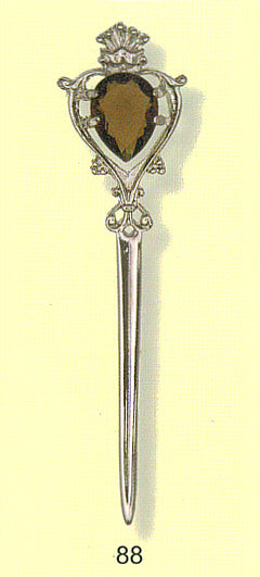 Kilt Pin - Stylized Luckenbooth with Stone