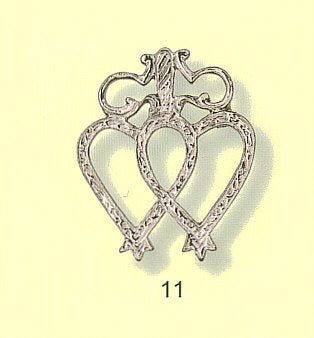 Floors Luckenbooth Brooch