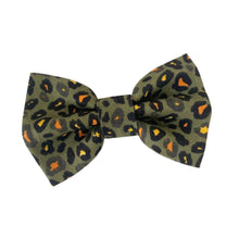 Load image into Gallery viewer, Khaki Leopard Cotton Dog Bow Tie