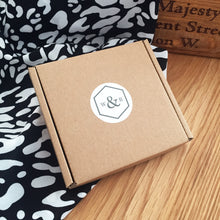 Load image into Gallery viewer, Wren & Rye - Branded Packaging