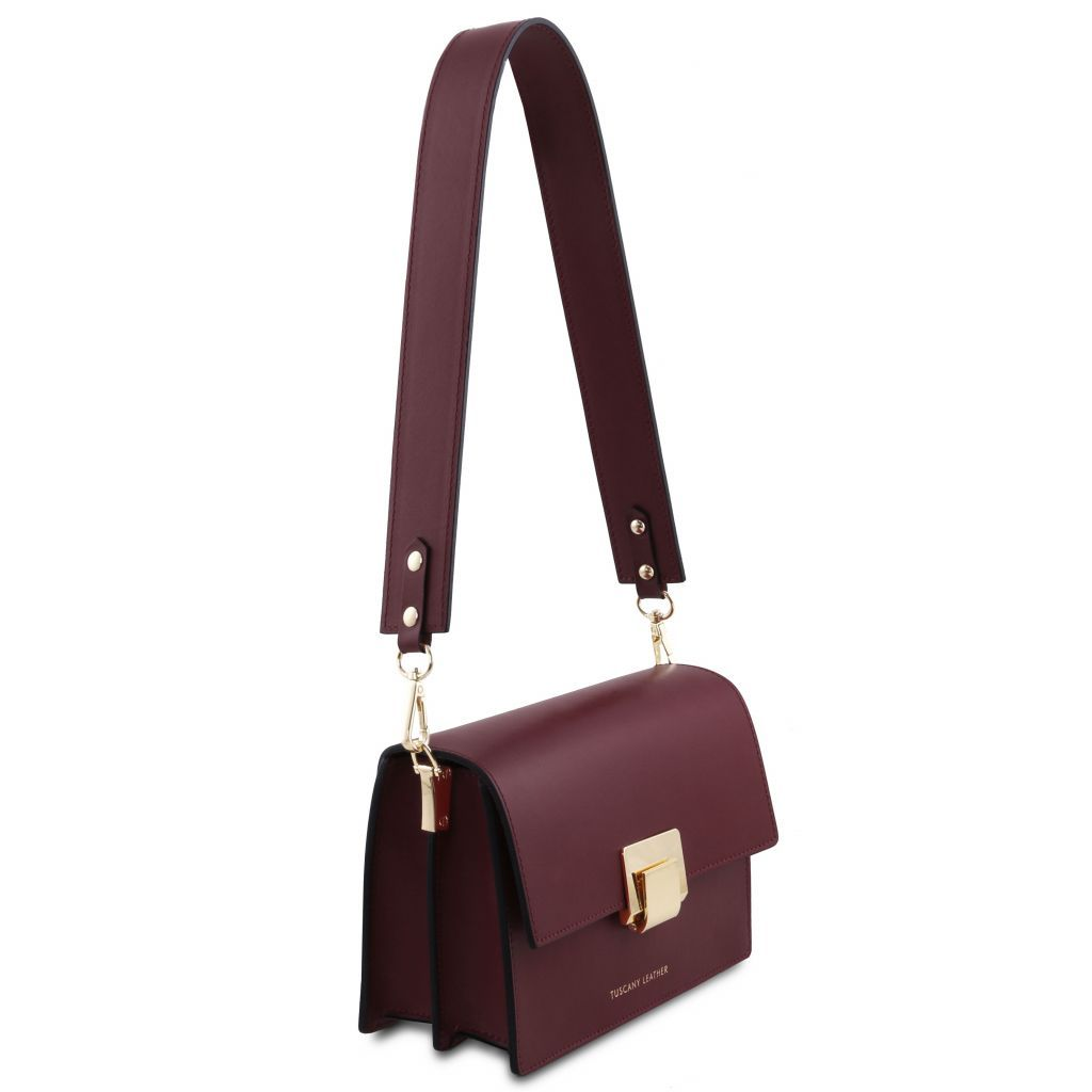 Adele Smooth Leather Clutch_21