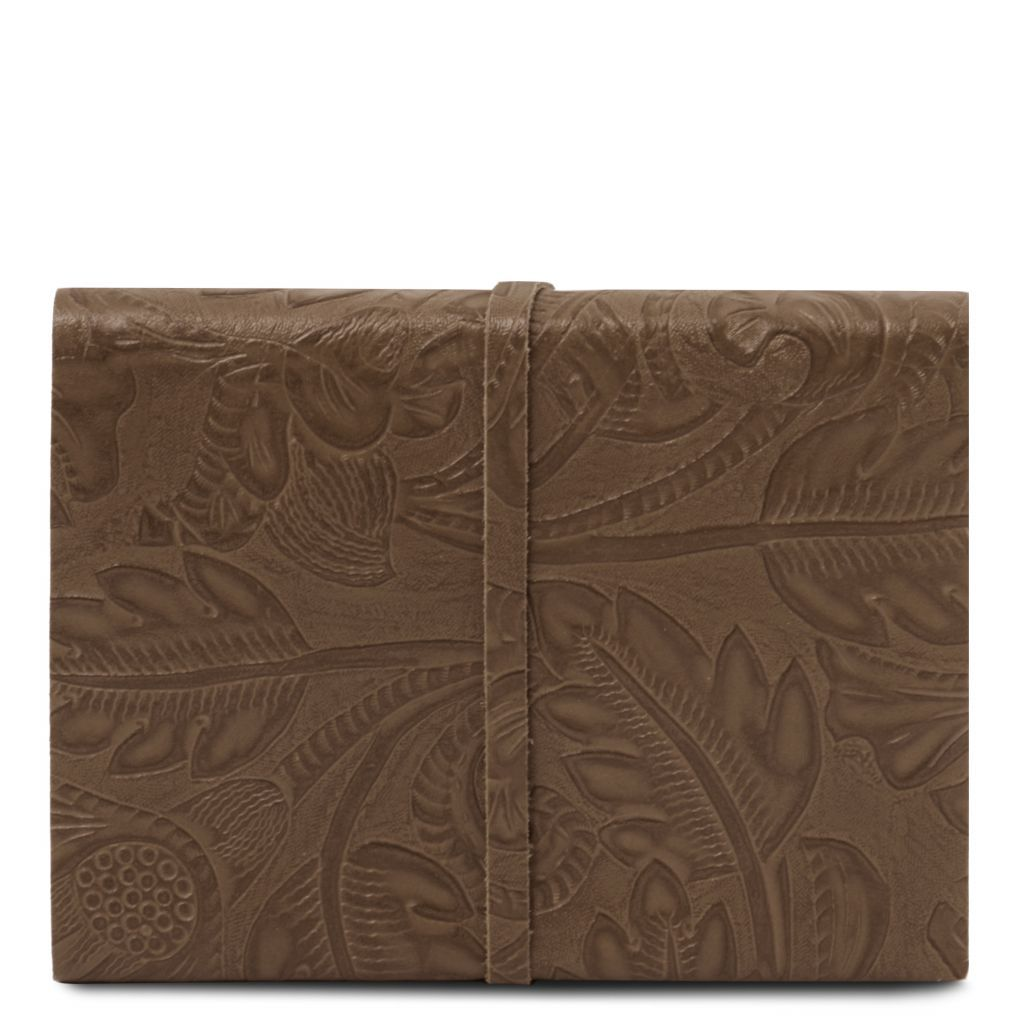Embossed Leather travel diary with floral pattern_8