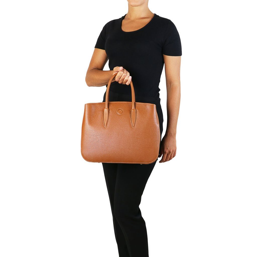 Camelia Hammered Leather Satchel_28