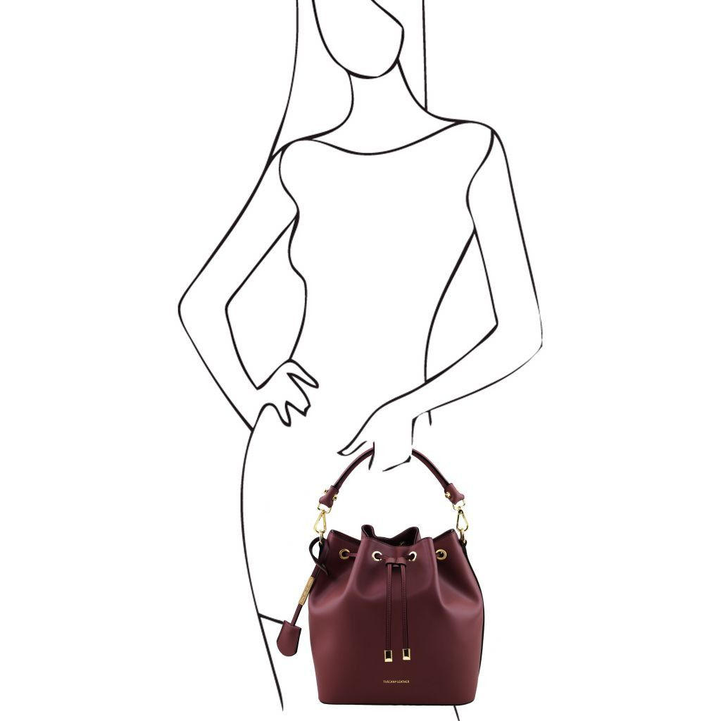 Vittoria Smooth Leather Bucket Bag_29