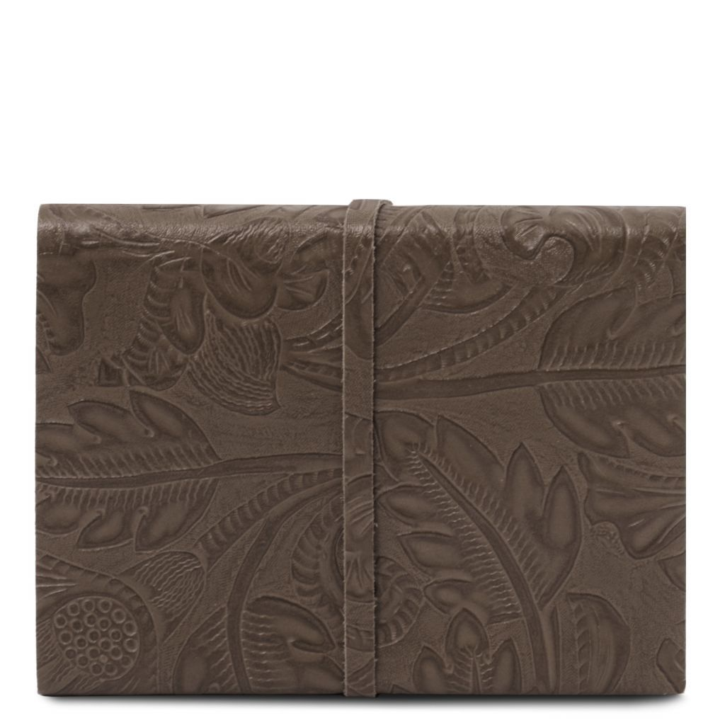 Embossed Leather travel diary with floral pattern_34