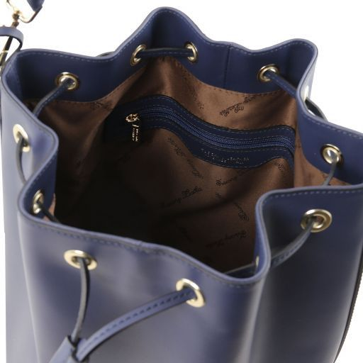 Vittoria Smooth Leather Bucket Bag_10