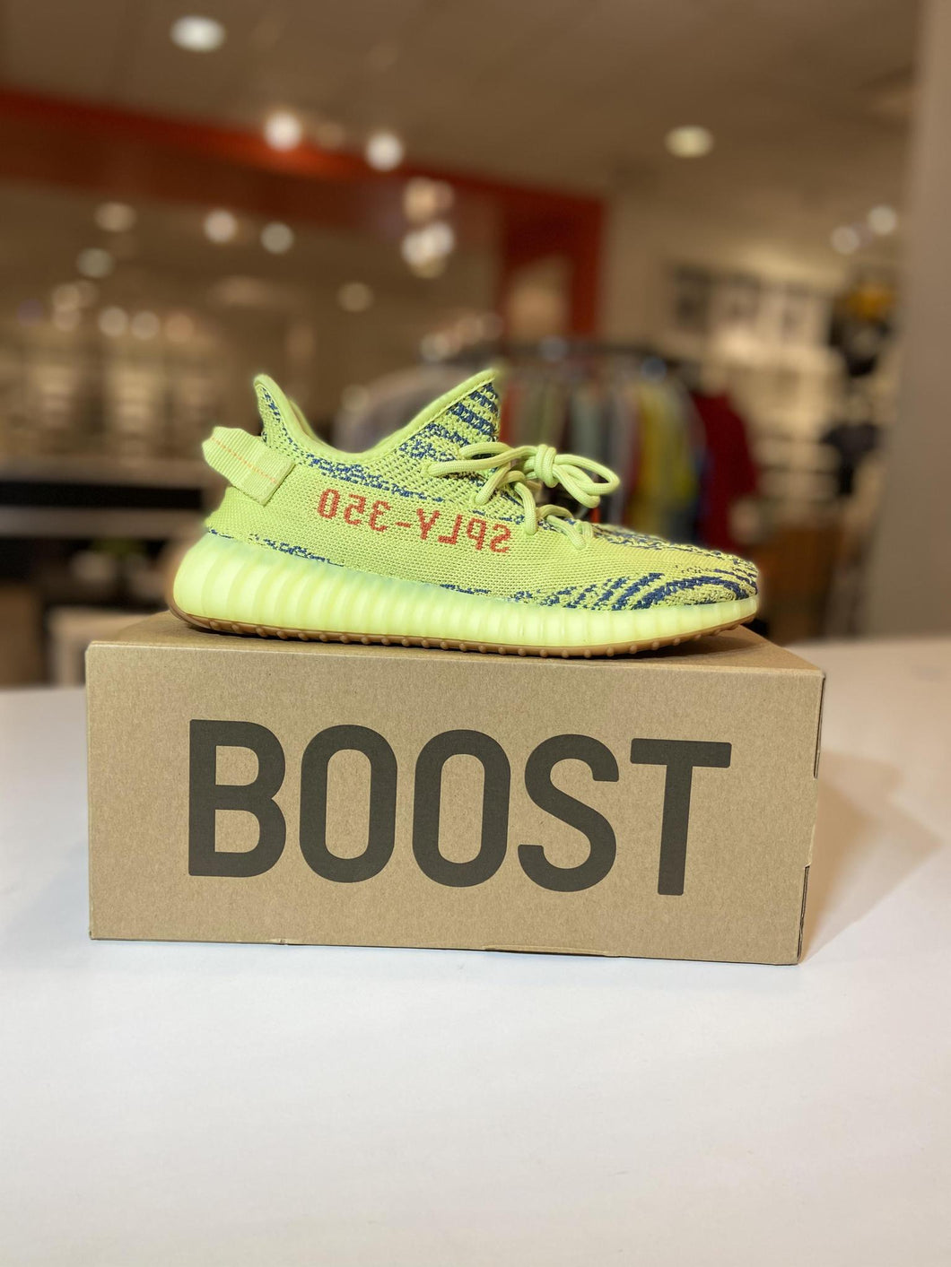adidas Yeezy Boost 350 V2 Semi Frozen Yellow (Pre - Owned)