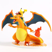 Laden Sie das Bild in den Galerie-Viewer, Ash Ketchum & Charizard / Glurak Lizardon Sammel Figur Pokemon kaufen