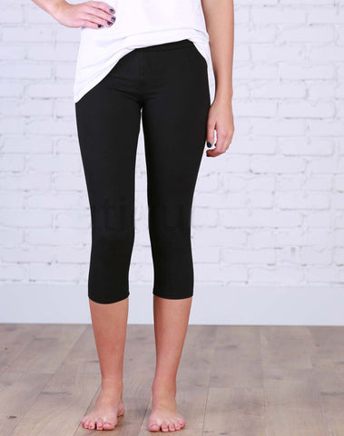 Favorite Capri Black Leggings