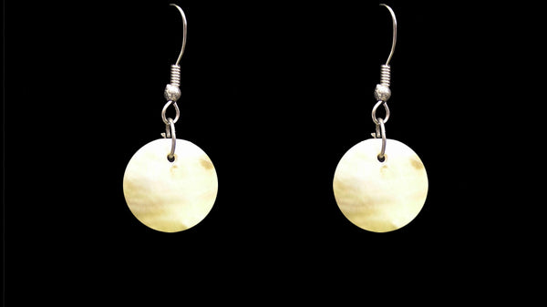 2cm Mother of Pearl Earings