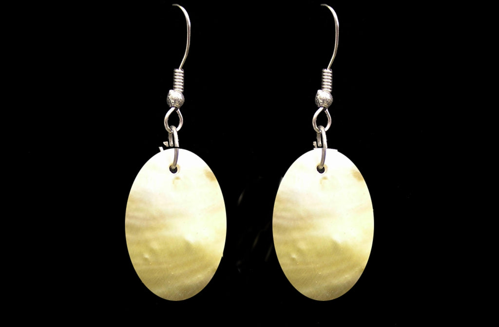 Mother of Pearl Oval Earings