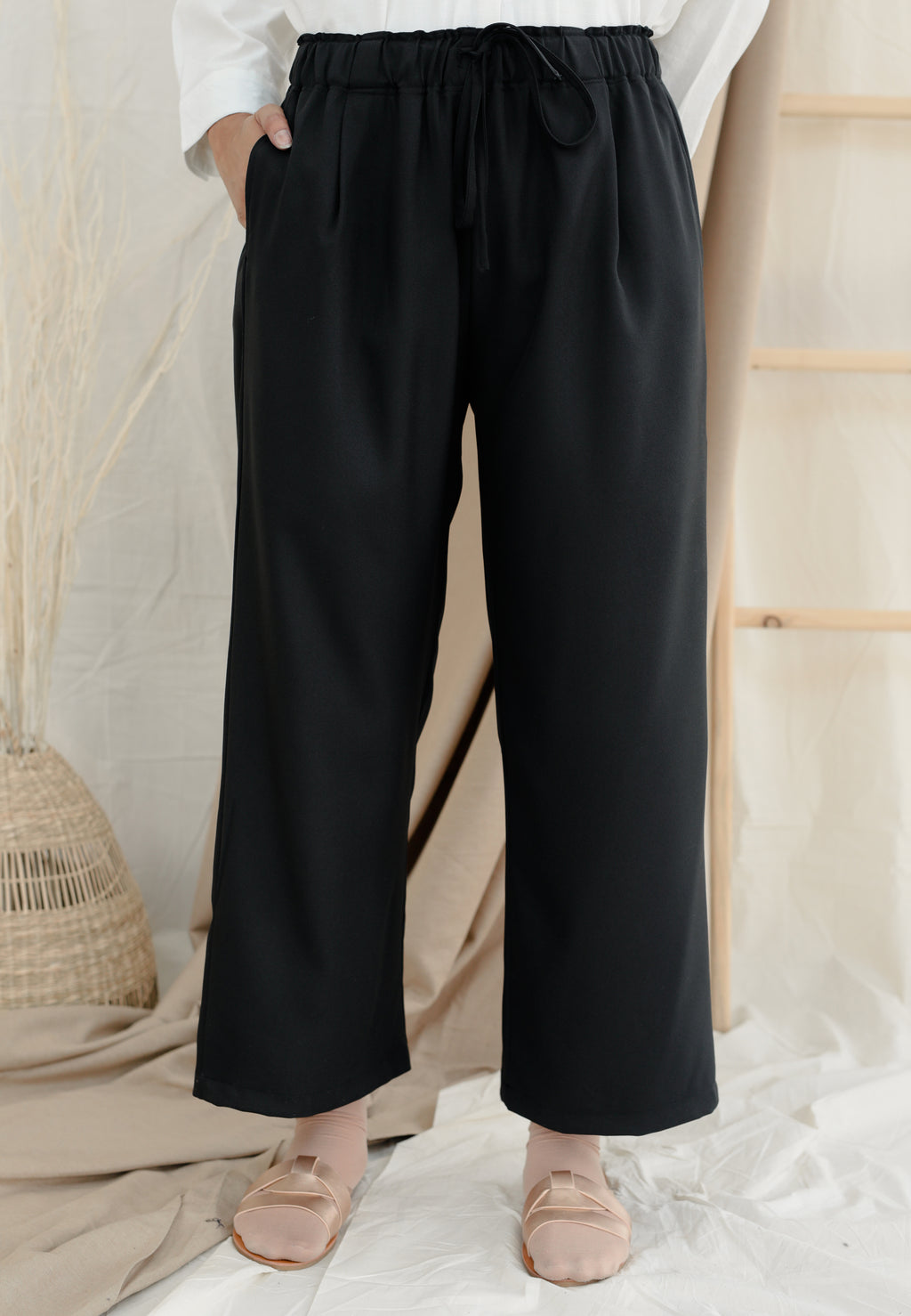 Lubna Relax Pants