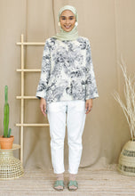 Load image into Gallery viewer, Irsaa Printed Top (White)