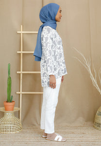 Irsaa Printed Top (White - Paisley)