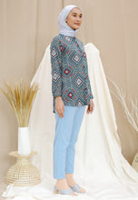 Load image into Gallery viewer, Qasrina Printed Top (Green Turquoise)