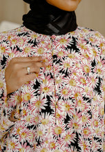 Load image into Gallery viewer, Daisy Baggy Shirt (Black)