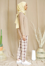 Load image into Gallery viewer, Wafaa Basic Top (Nude Brown)