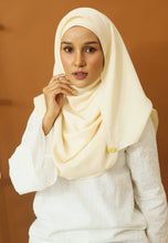Load image into Gallery viewer, Hasnaa Cotton Shawl (Cream)